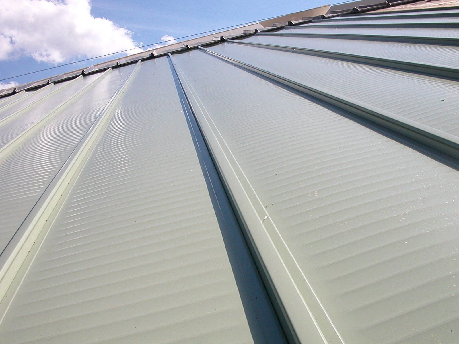 Aluminum Roofs-Boca Raton Pool Screen Enclosure Installation and Patio Screen Repairs Services-We do screen enclosures, patios, pool screens, fences, aluminum roofs, professional screen building, Pool Screen Enclosures, Patio Screen Enclosures, Fences & Gates, Storm Shutters, Decks, Balconies & Railings, Installation, Repairs, and more
