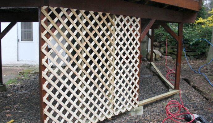 Lattice-Boca Raton Pool Screen Enclosure Installation and Patio Screen Repairs Services-We do screen enclosures, patios,poolscreens, fences, aluminum roofs, professional screen building, Pool Screen Enclosures, Patio Screen Enclosures, Fences & Gates, Storm Shutters, Decks, Balconies & Railings, Installation, Repairs, and more